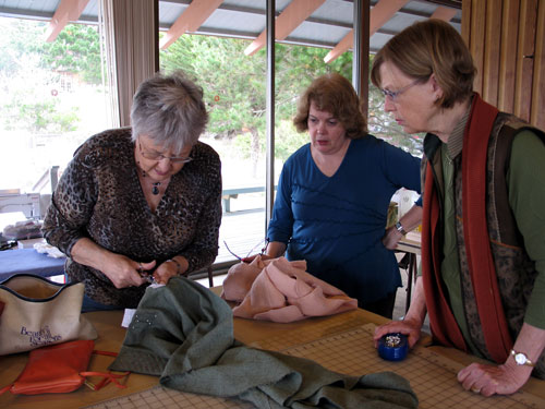 Sewing lesson in making bound buttonholes